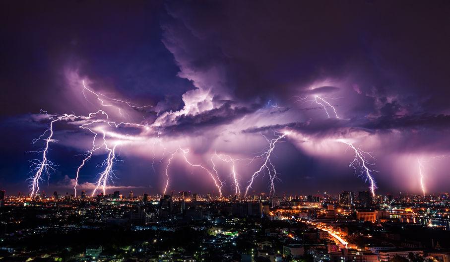 Lightning storm over city - 40609402